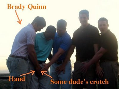 brady-quinn-crotch-grab2.jpg